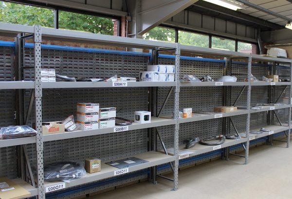 étagère acier pour garage